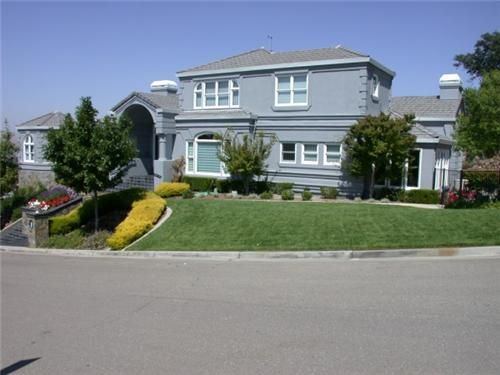 Call Custom Painting, Inc. for House Painting in Danville